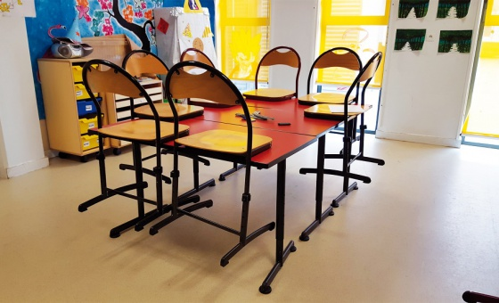 TABLE LISE REGLABLE 2
