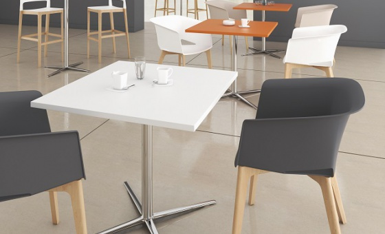 TABLES PIED CROIX ambiance P204